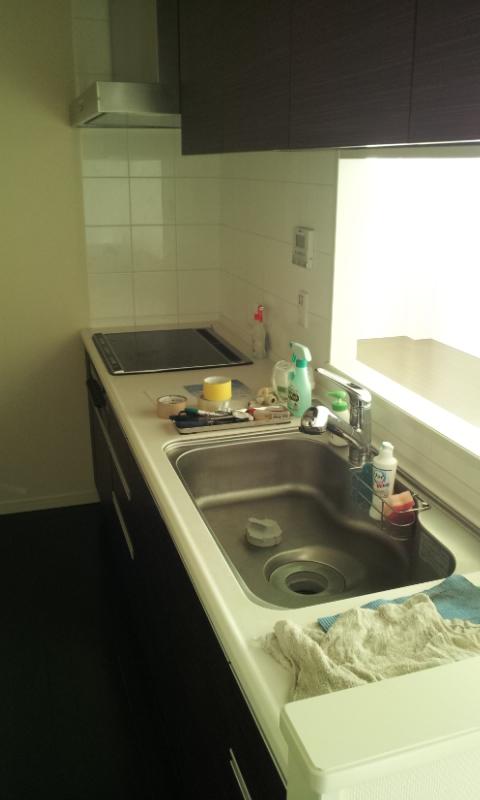 台所の写真と私の掃除道具
